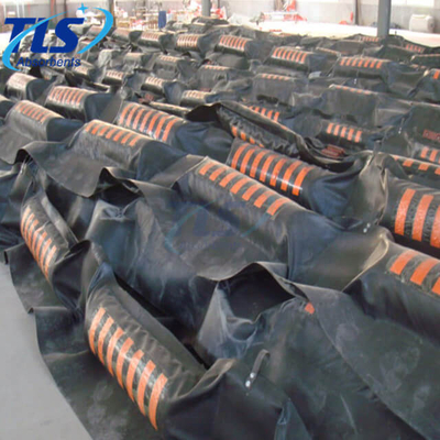 Offshore Oil Solid Float Rubber Containment Boom For Spill Control
